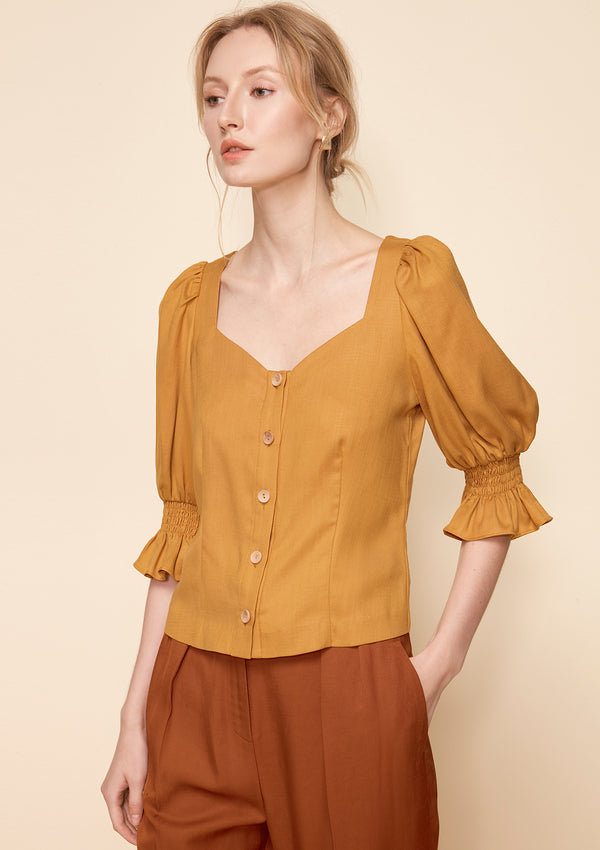 SWEETHEART RUFFLE BLOUSE