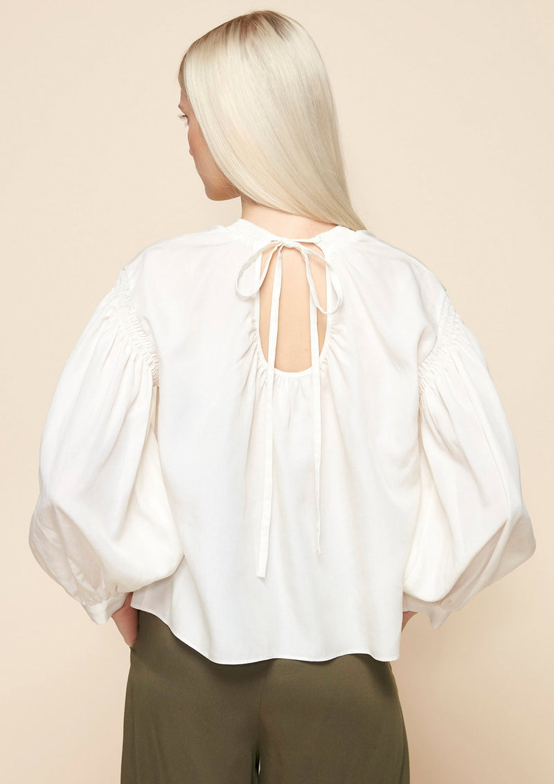 LONG-SLEEVED TIE BACK BLOUSE