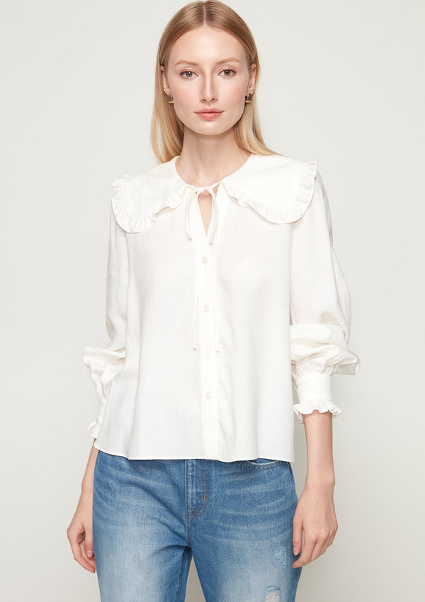 RUFFLE PETER PAN COLLAR BLOUSE