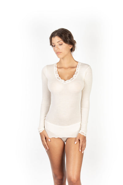 EGI 4239 Winter White L/Sleeve Top