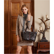 Load image into Gallery viewer, Amethyst AB47 Luxury Comfortable And Generous Leather Shoulder bag/Tote