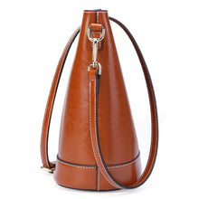 Load image into Gallery viewer, Amethyst AB43 Oil wax cowhide bucket bag separate design Shoulder bag(two straps)/Tote - Multiple colors