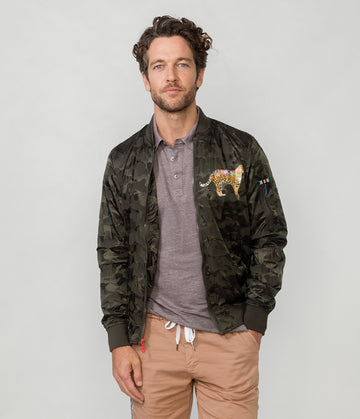 JUNGLE BOMBER