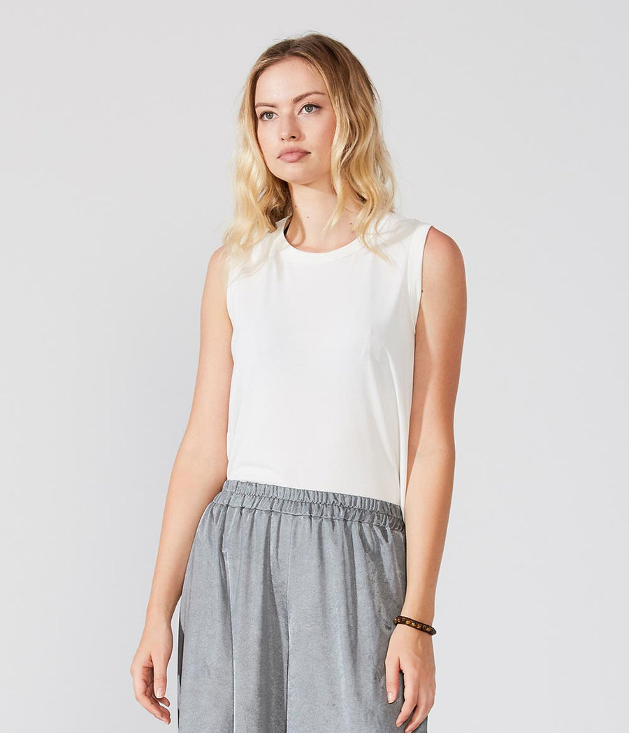 Sleeveless Long Back Top