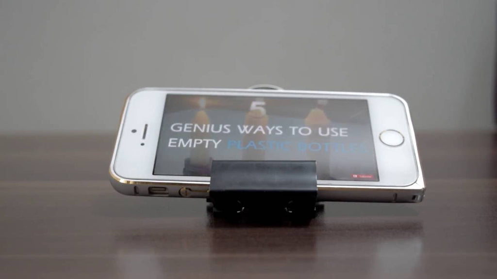 5 different methods to make cell phone stands with the help of binder clips