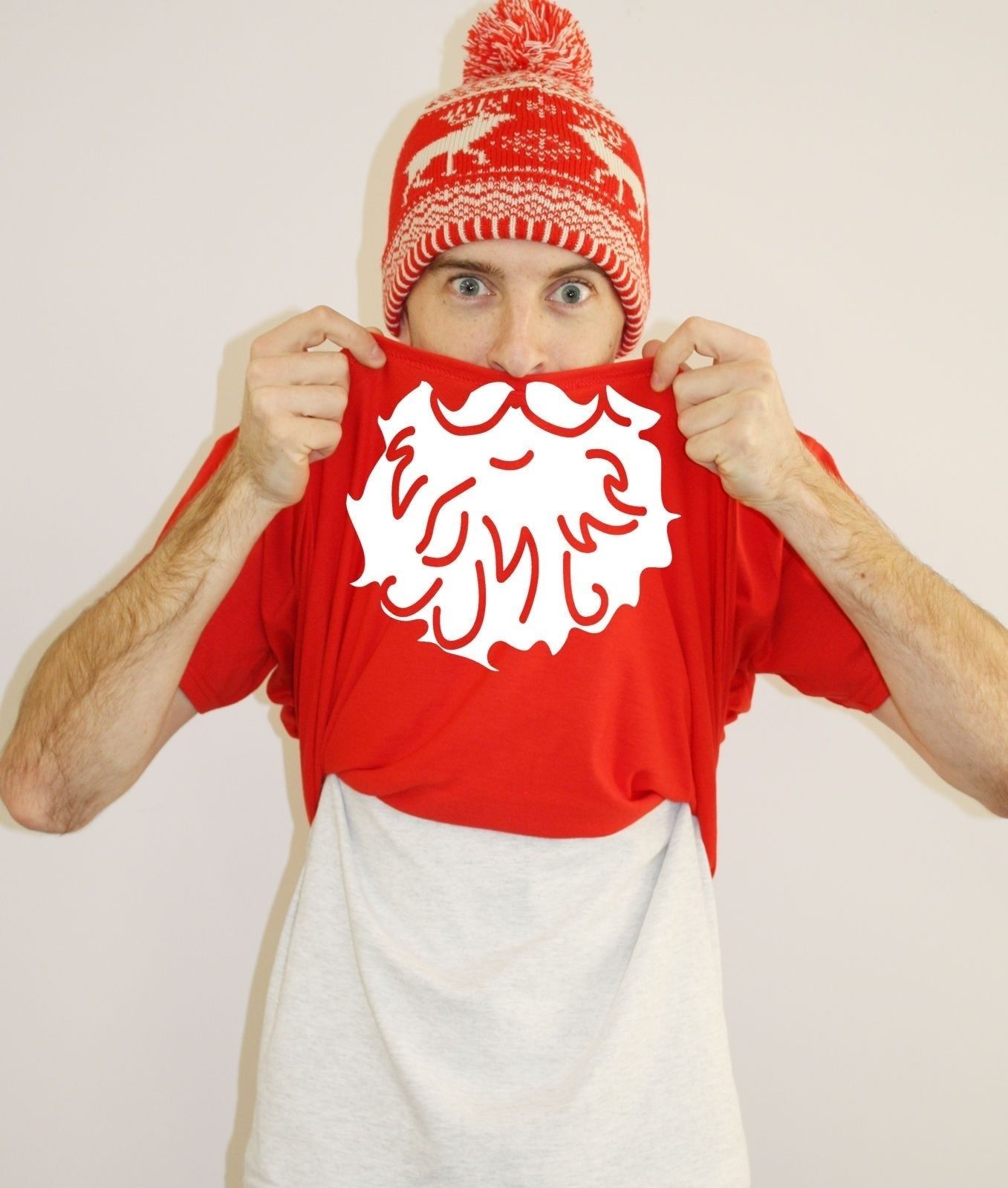 6d7be2597b7 Ask Me Who s Got All The Presents Flip T Shirt FREE BOBBLE HAT Christmas  Santa