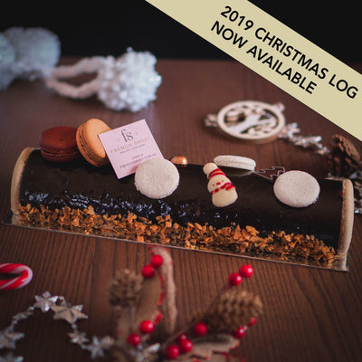 Christmas Log Praline and Caramel (Not available)