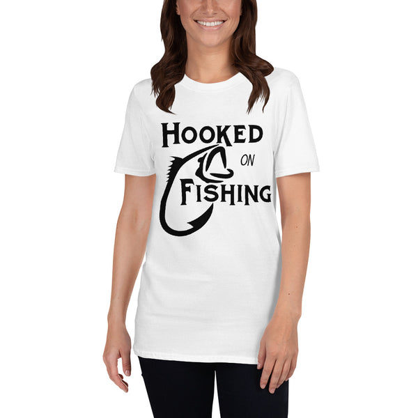 Hooked on fishing (Gildan 64000 Unisex Softstyle T-Shirt with Tear Away Label)