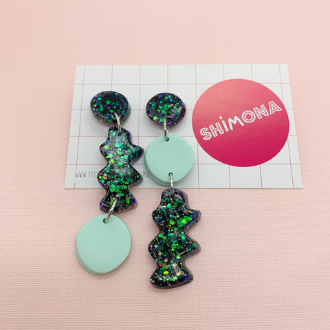 Shimona - Zig Zag Dangle Earrings
