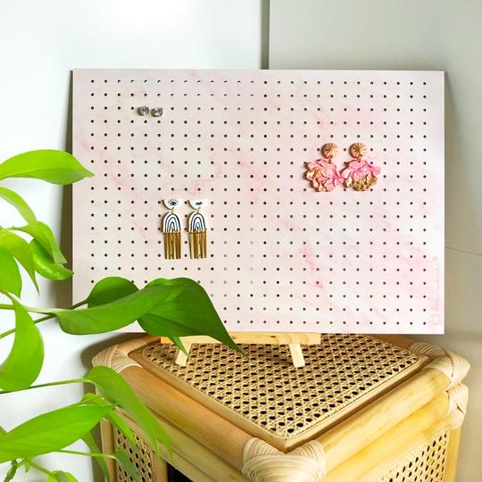 Bon Maxie - Mega Standing Earring Holder