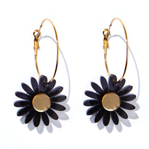 EMELDO - DAISY EARRINGS // TRANSLUCENT BLACK + GOLD MIRROR