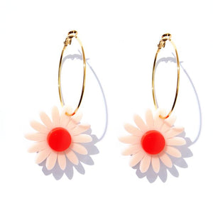 EMELDO - DAISY EARRINGS // PALE PINK + NEON RED