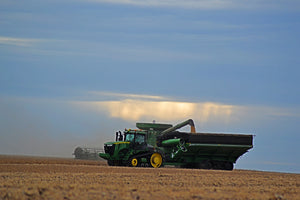 A combine and a grain cart