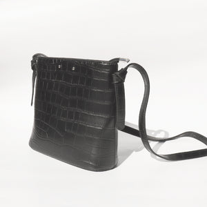 Black Zipper Bag - Chapter