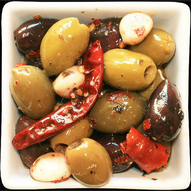 MARINATED PITTED OLIVES CHILLI & GARLIC 5KG
