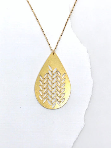 Knit Weave Teardrop Necklace