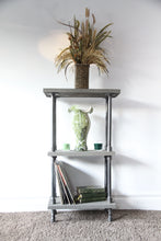 Load image into Gallery viewer, Vitrína - Industrial Shelf