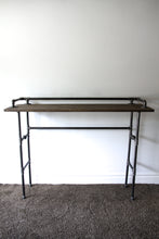 Load image into Gallery viewer, Tróy - Industrial Bar table