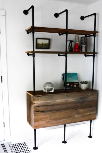 Kúwala - Industrial Wall Shelf