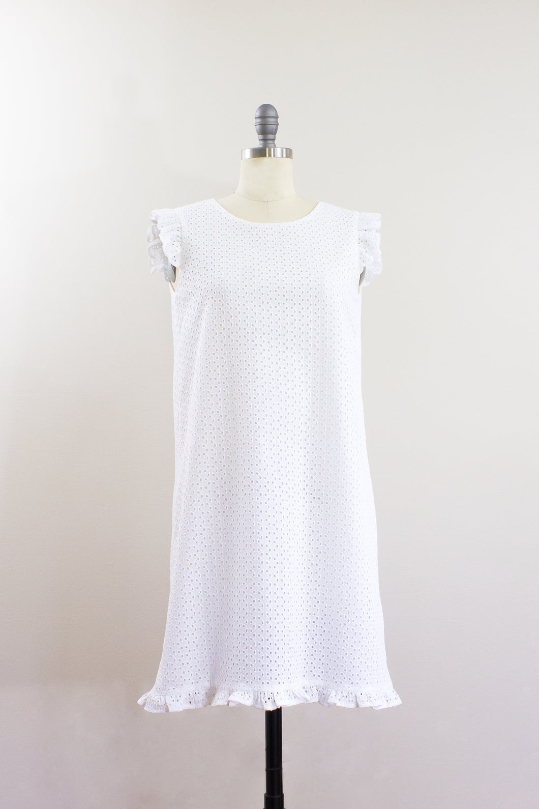 Elisabetta Bellu SS2020 Camellia handmade white cotton eyelet loose fit a line short dress ruffled armholes and bottom front