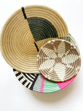 Load image into Gallery viewer, Handmade Sisal Sweet Grass Bowl