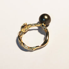Gold-Plated Silver & Cubic Zirconia & Black Pearl Ring TC