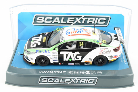 "Scalextric ""TAG"" VW Passat DPR BTCC W/ Lights 1/32 Scale Slot Car C3918"