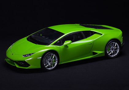 Pocher Verde Mantis (Metallic Green) Lamborghini Huracan LP 610-4 1/8 Model Car Kit HK109