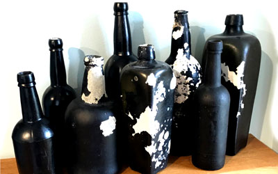 West Indies: Treasure Trove of Black Glass