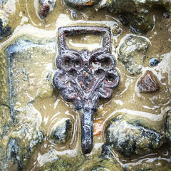 16th century buckle thames river