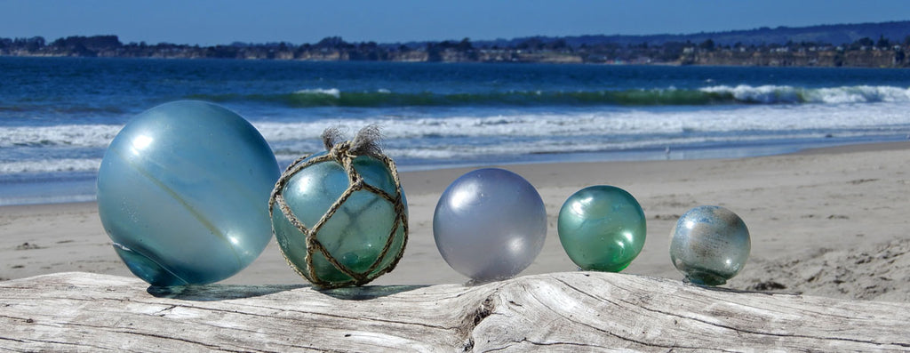 various sizes of japanese and korean fishing float glass balls