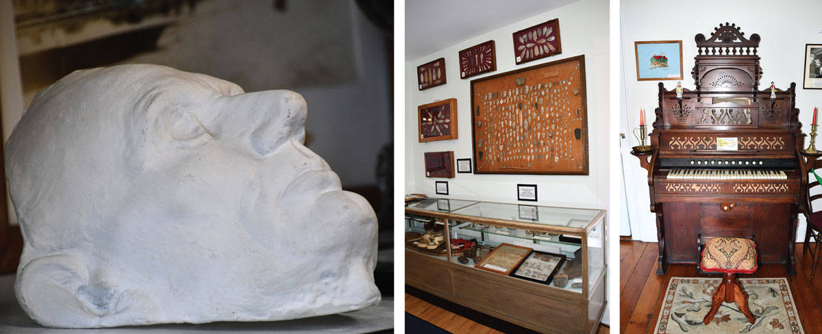 lincoln life mask in lighthouse museum