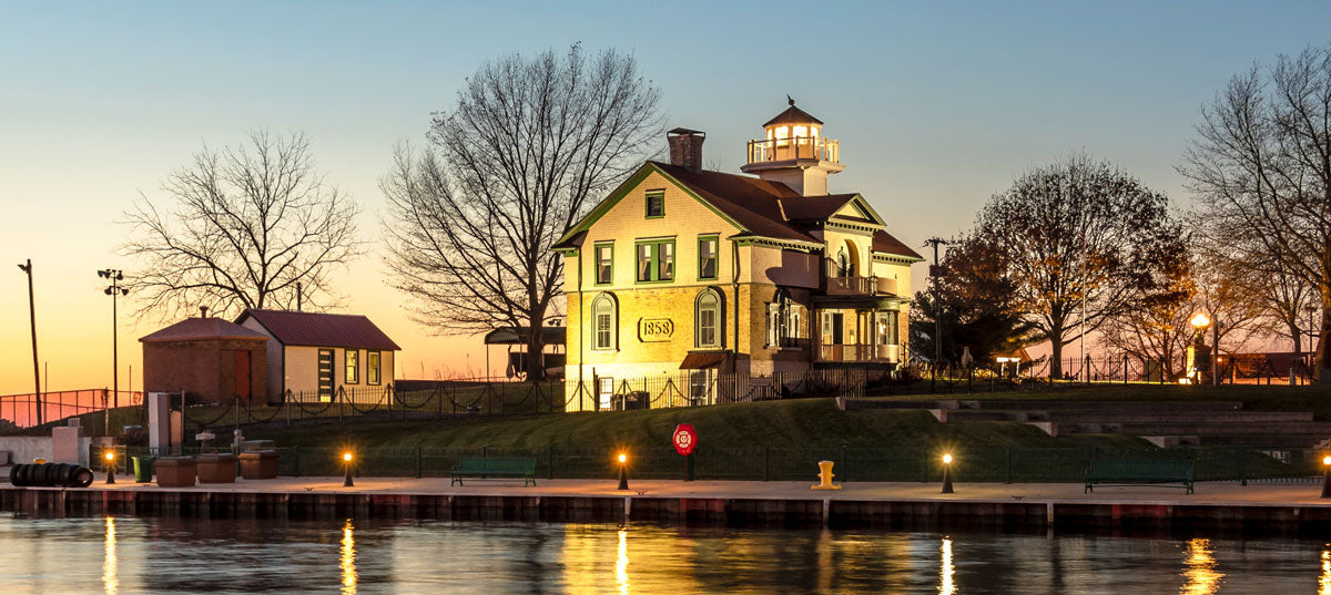 michigan lighthouse with female light keeper