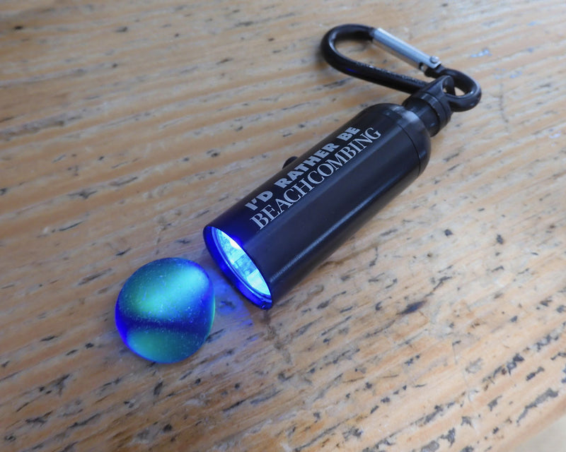 Beachcombing LED and UV Blacklight Mini Flashlight with Carabiner