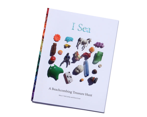 I Sea: A Beachcombing Treasure Hunt Book - FREE U.S. Shipping