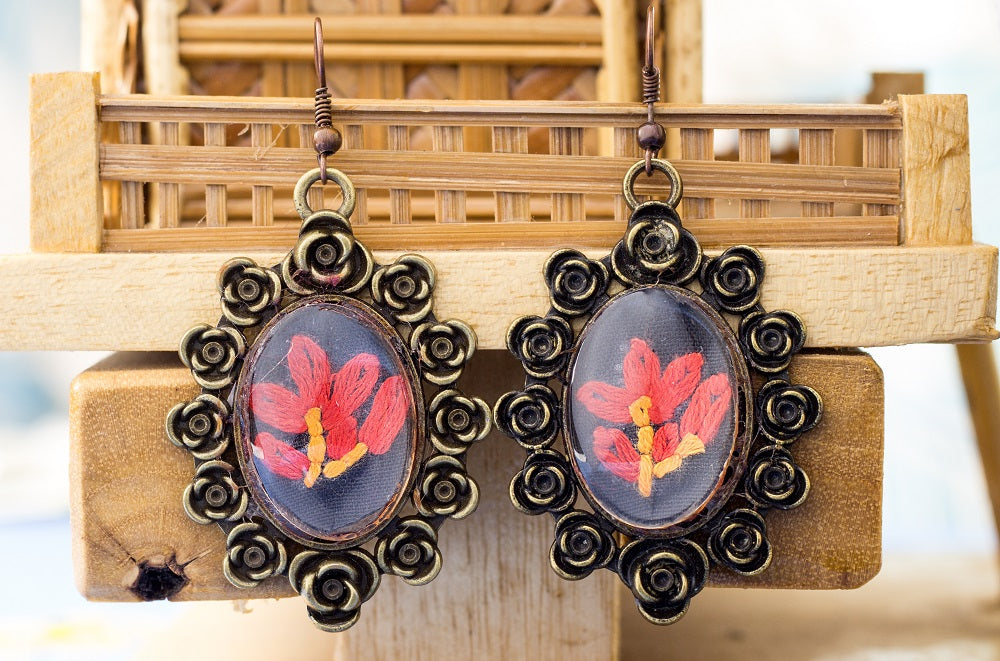 Earrings with hand embroidery setting (Black & Red)