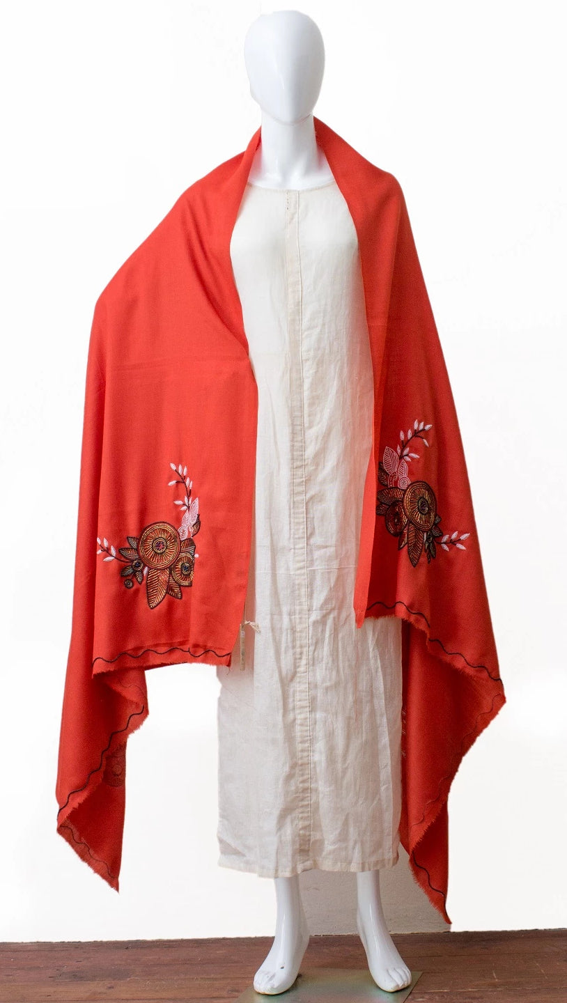 Hand embroidered shawl in finest wool (Orange)