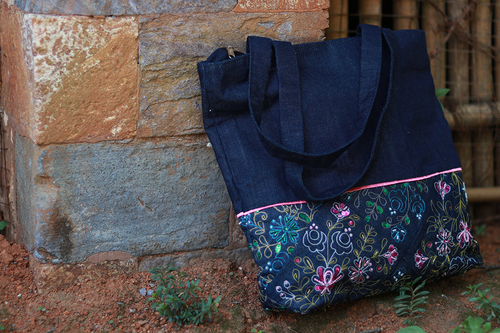 Denim bag with Aari embroidery(Denim Blue & Pink)