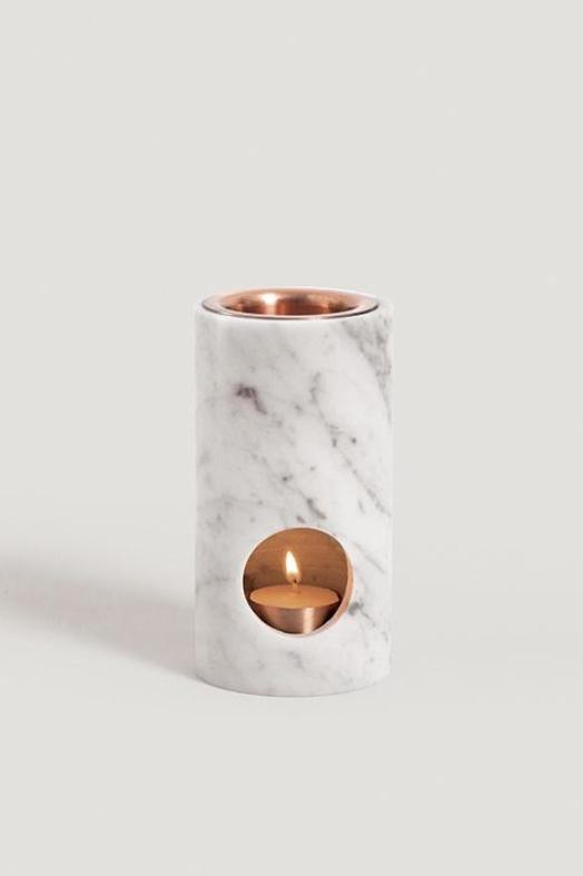 synergy oil diffuser in Carrara marble at stockroom kyneton