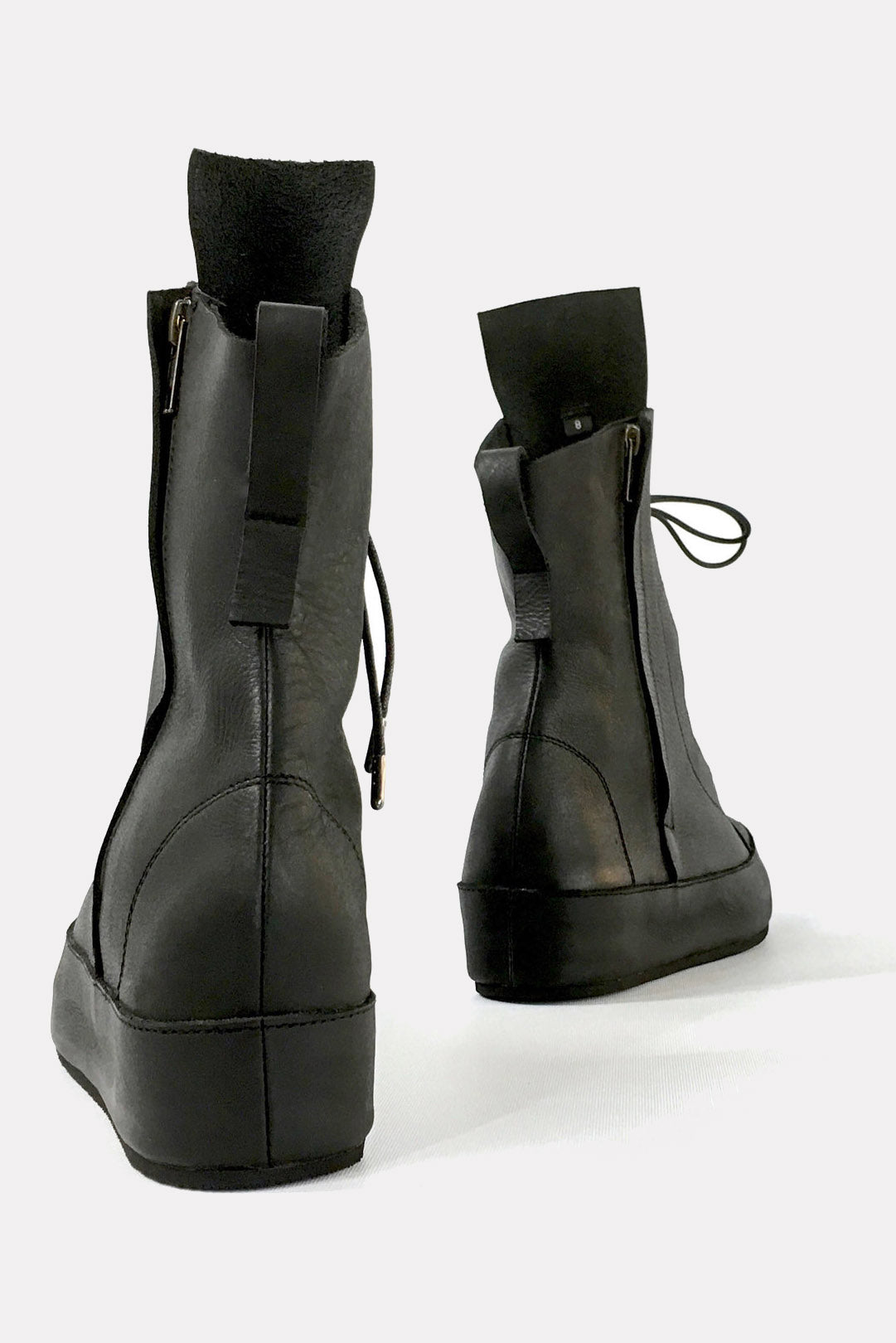 xpress boots in black