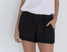 Load image into Gallery viewer, HUMIDITY LIFESTYLE - Sea side linen short - Embroidery Black