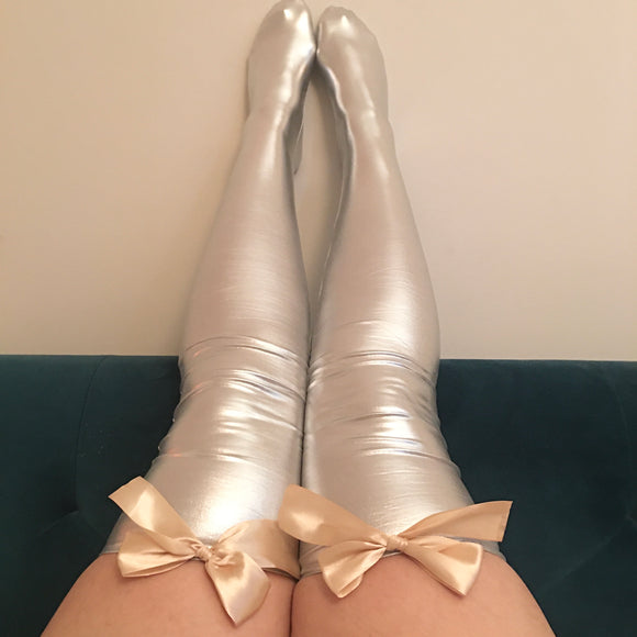 Ava Pin-Up With Gold Bows Wet Look Faux Leather/Latex Silver Thigh High Stockings - Choose Colour Bows