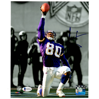 Cris Carter Minnesota Vikings Signed Pointing Celebration 8x10 Photo (BAS COA)