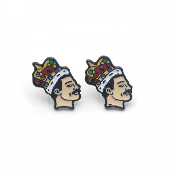 King Earrings