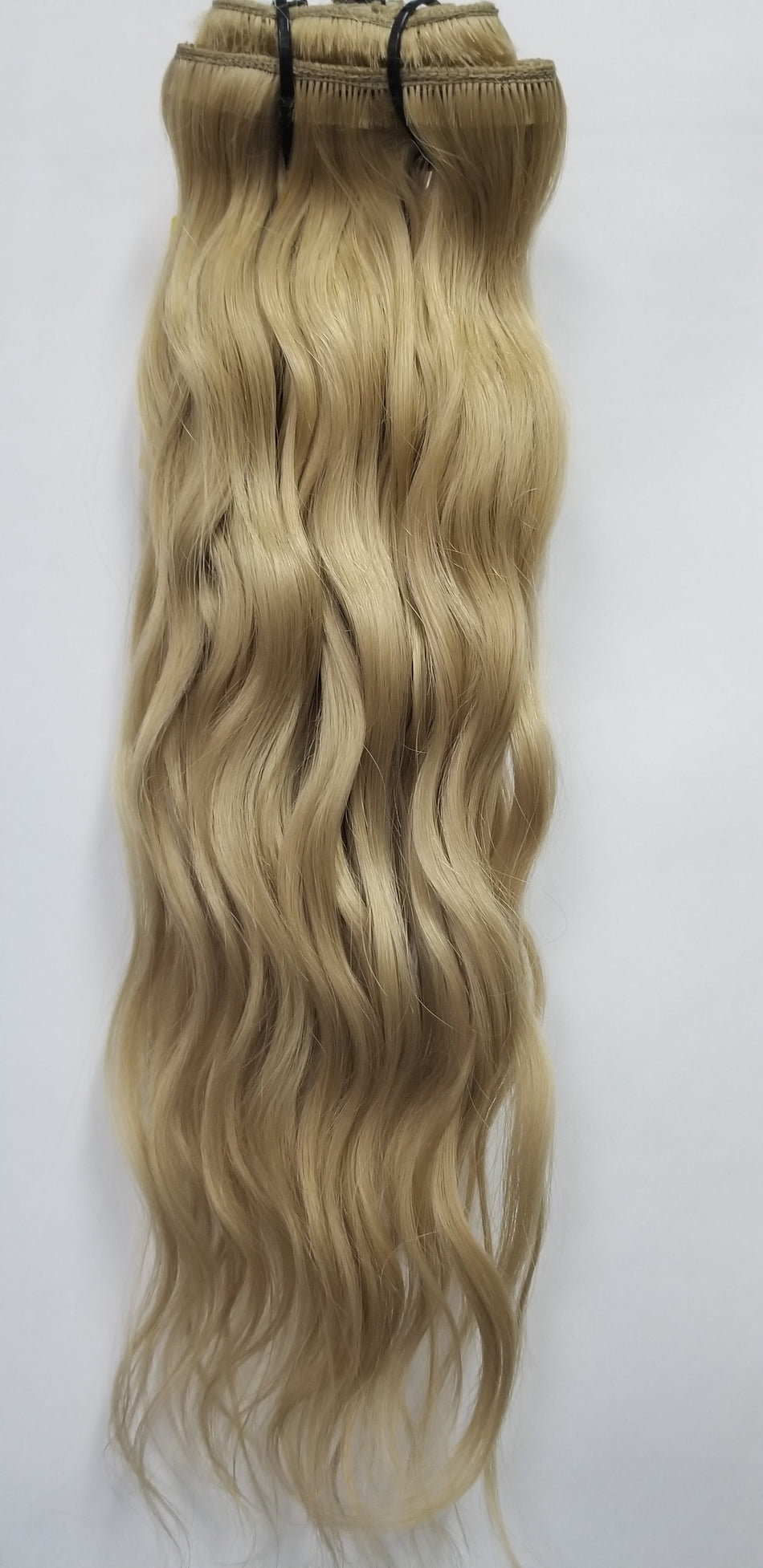 4 Piece CLIP-IN Set - Remy Pure Natural Wavy Color #18 Golden Blonde