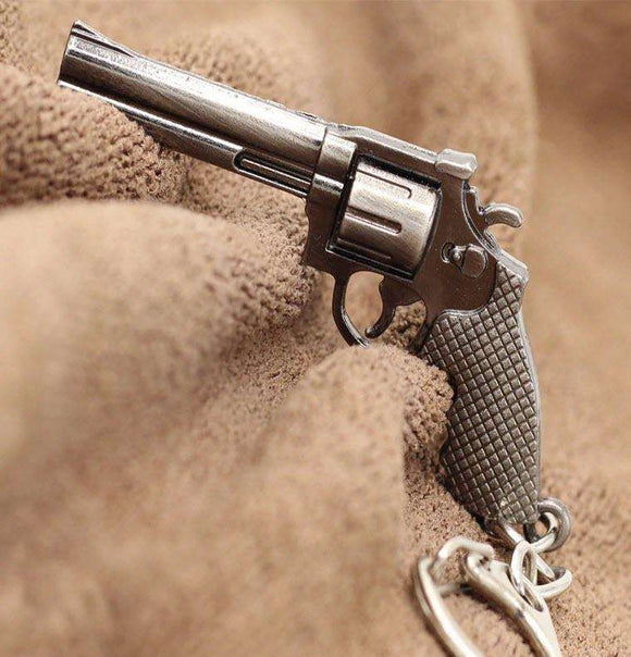 Old Fashioned Revolver Shaped Metal Key Chain & Zipper Pull