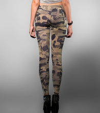 Load image into Gallery viewer, Camo Skull Legging