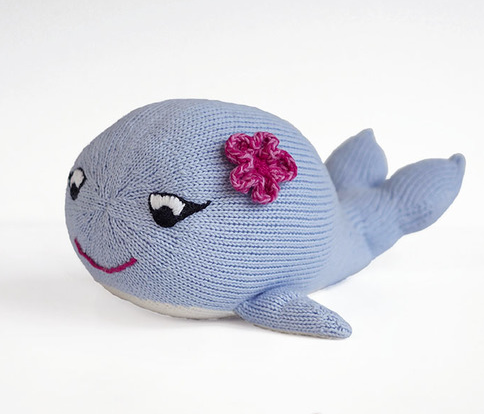 Hand Crafted Winnie The Whale  - Support Fair Trade for Artisans - Give Back Goods