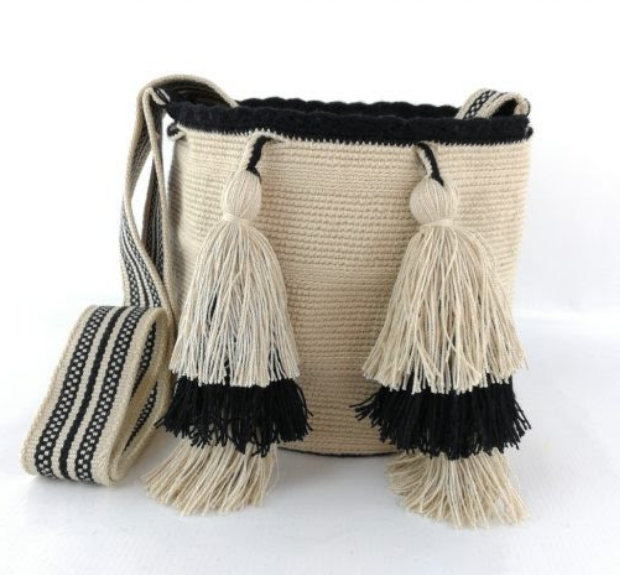 Wayuu Bag, Fair Trade, one of a kind, handmade, Natural & Black