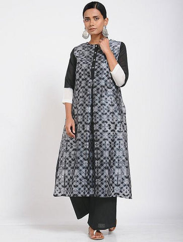 Black shibori kurta (Set of 2) Kurta Sonal Kabra Sonal Kabra Buy Shop online premium luxury fashion clothing natural fabrics sustainable organic hand made handcrafted artisans craftsmen
